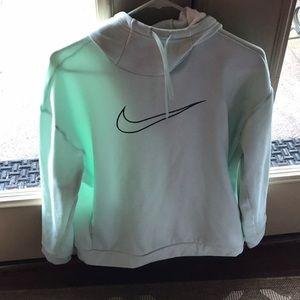 Women's Size Medium Nike Sweatshirt